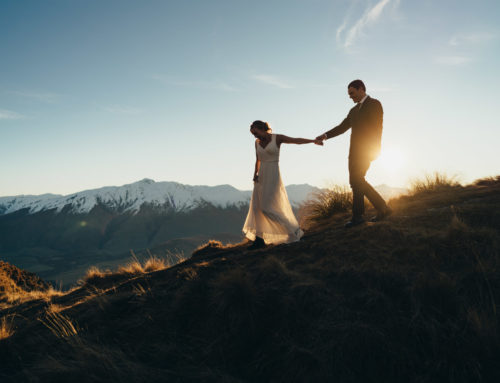 Vilde + David / Coromandel Peak Wedding